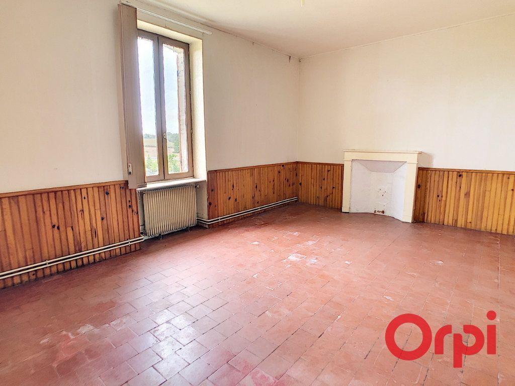 Maison à vendre 5 101m2 à Néris-les-Bains vignette-5