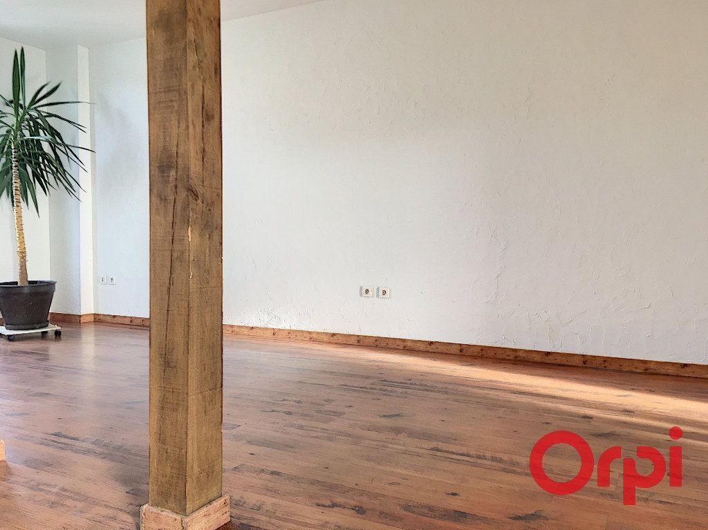 Maison à vendre 3 115m2 à Montluçon vignette-3
