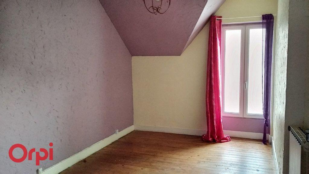 Maison à vendre 4 100m2 à Louroux-de-Bouble vignette-9