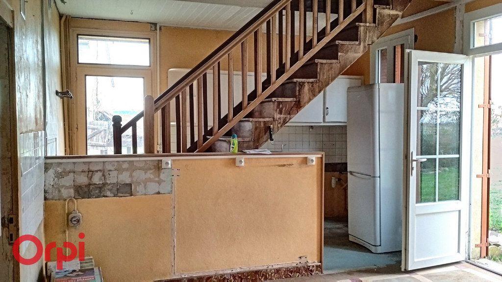 Maison à vendre 5 100m2 à Chirat-l'Église vignette-5