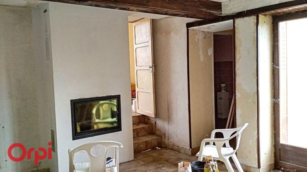 Maison à vendre 5 100m2 à Chirat-l'Église vignette-7