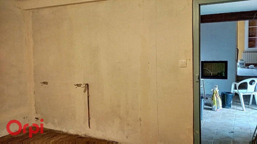 Maison à vendre 5 100m2 à Chirat-l'Église vignette-10