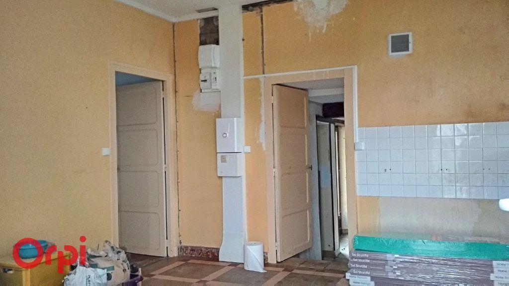 Maison à vendre 5 100m2 à Chirat-l'Église vignette-14