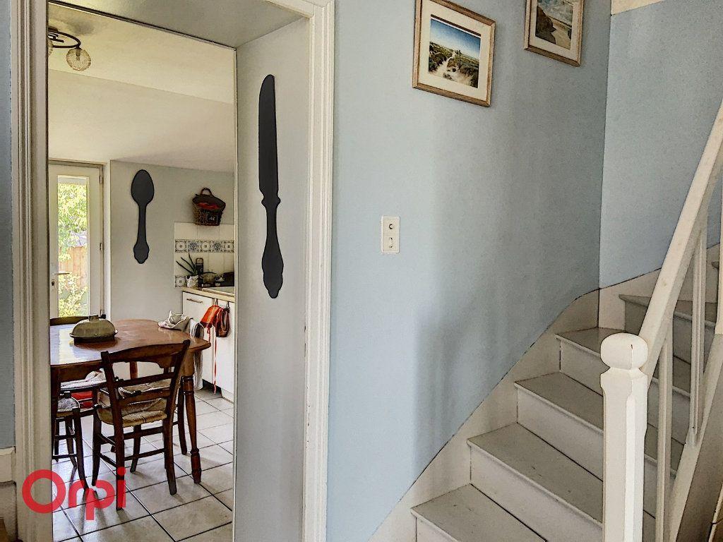 Maison à vendre 5 112m2 à Bézenet vignette-3
