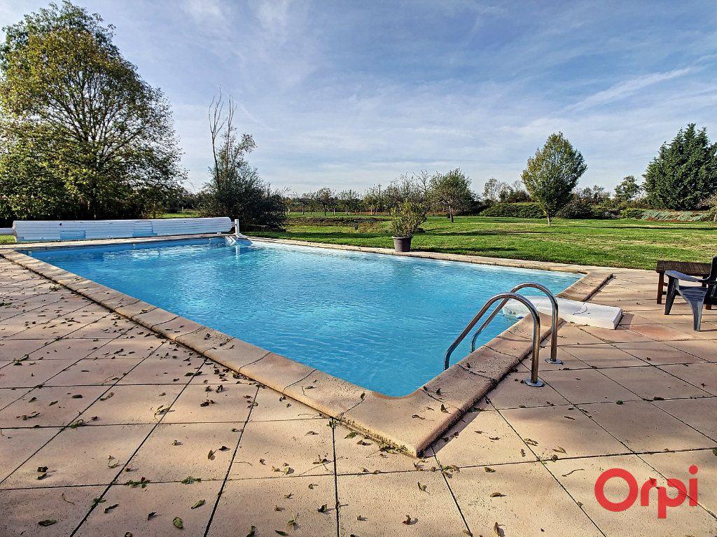 Maison à vendre 10 226m2 à Montluçon vignette-2