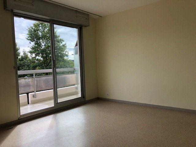 Appartement à vendre 1 29m2 à Bellerive-sur-Allier vignette-5