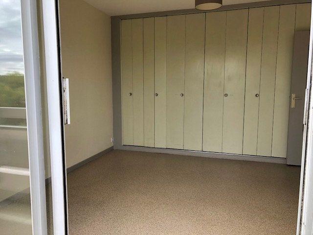 Appartement à vendre 1 29m2 à Bellerive-sur-Allier vignette-8