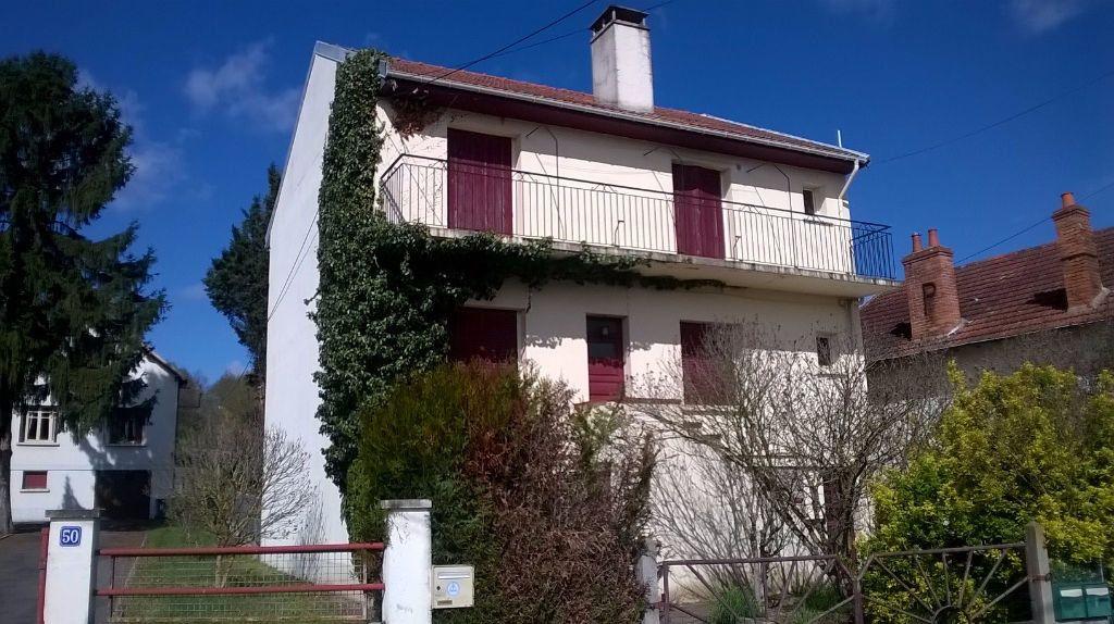 Maison à vendre 6 130m2 à Montluçon vignette-1