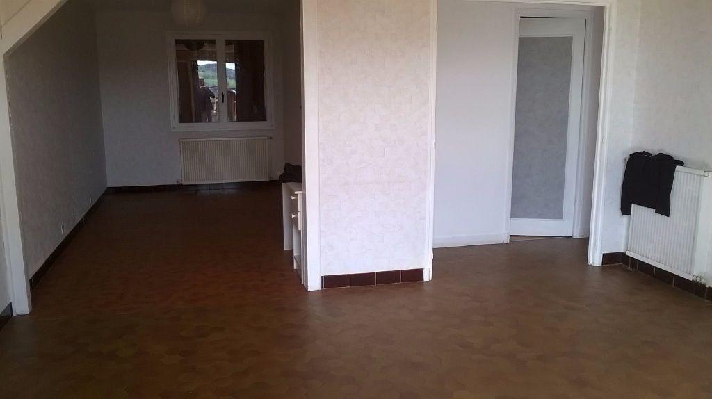 Maison à vendre 6 130m2 à Montluçon vignette-2