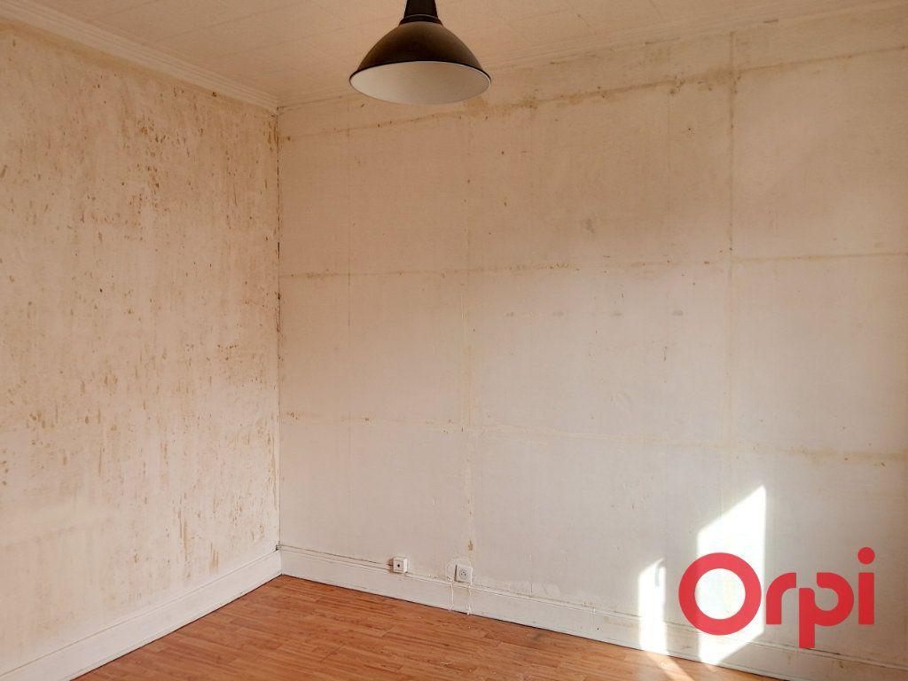 Appartement à vendre 3 61m2 à Montluçon vignette-10