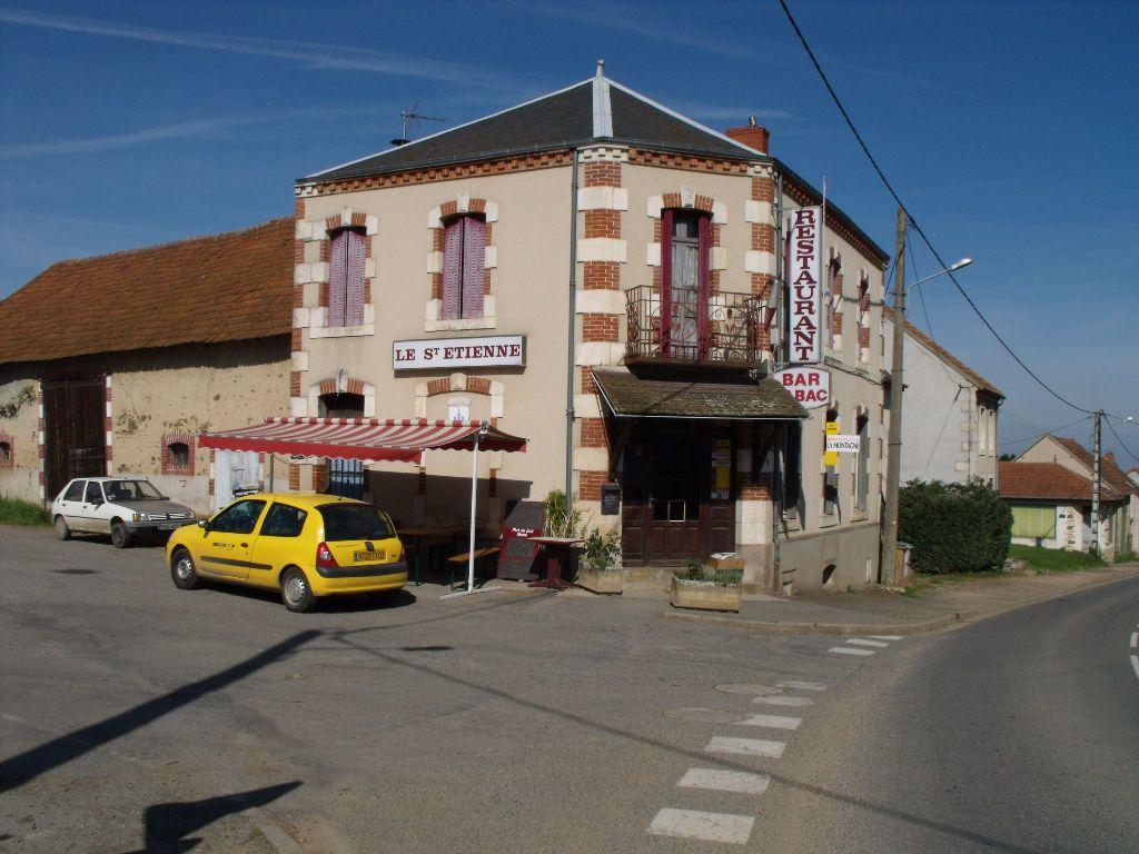 Immeuble à vendre 0 130m2 à Villebret vignette-1