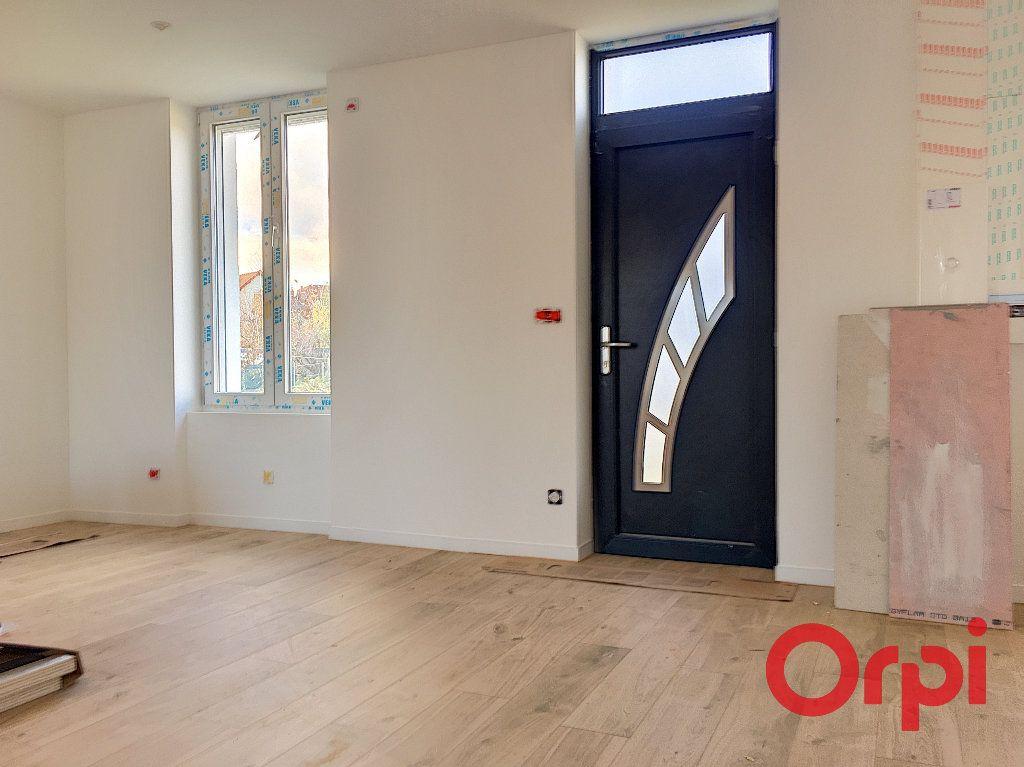 Maison à vendre 3 80m2 à Montluçon vignette-4