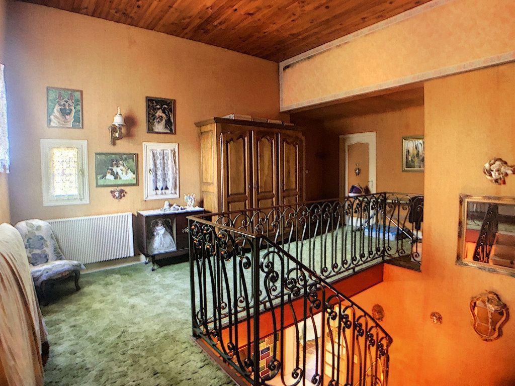 Maison à vendre 5 214m2 à Vallon-en-Sully vignette-7