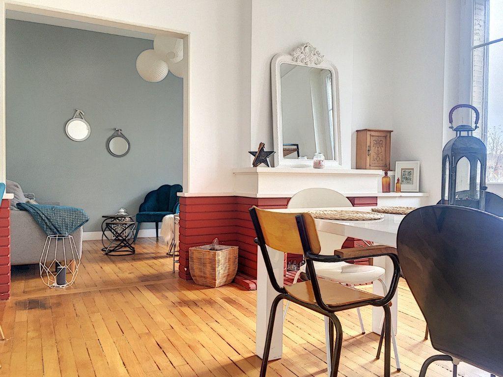 Appartement à vendre 5 110m2 à Montluçon vignette-3