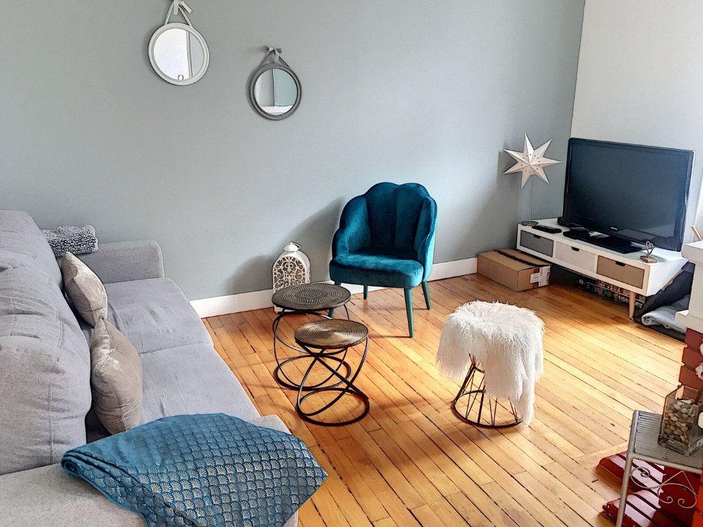 Appartement à vendre 5 110m2 à Montluçon vignette-4