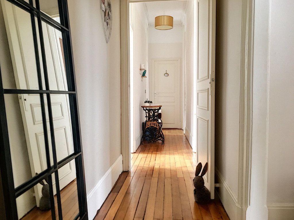 Appartement à vendre 5 110m2 à Montluçon vignette-6