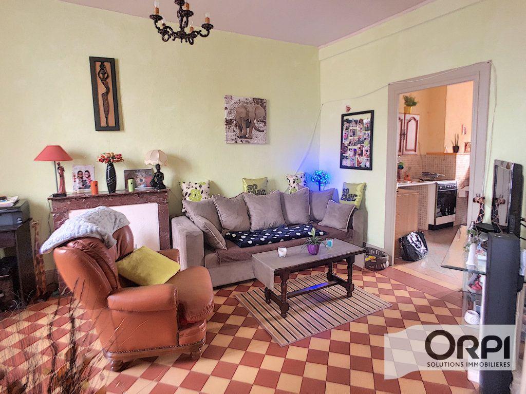 Maison à vendre 6 124m2 à Ainay-le-Château vignette-2