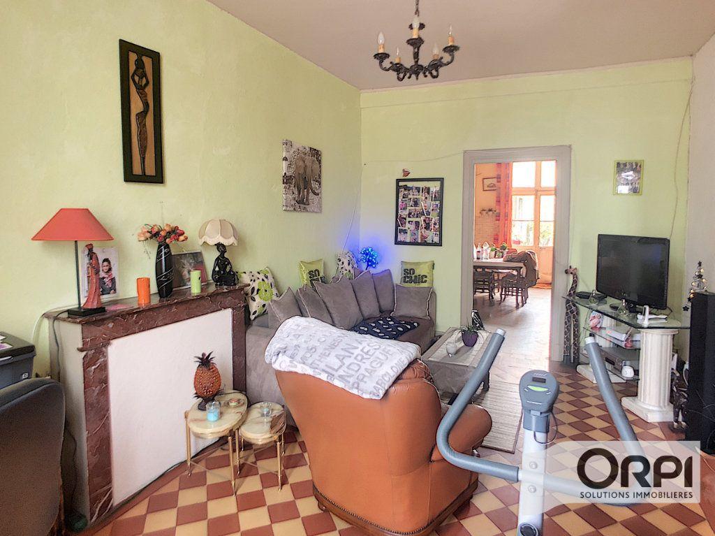 Maison à vendre 6 124m2 à Ainay-le-Château vignette-4