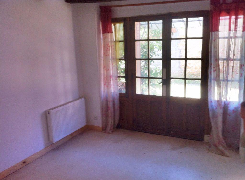 Maison à vendre 5 127m2 à Ainay-le-Vieil vignette-4