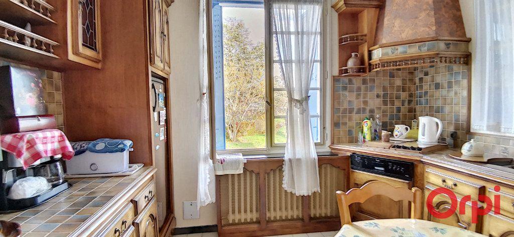 Maison à vendre 5 120m2 à Commentry vignette-6