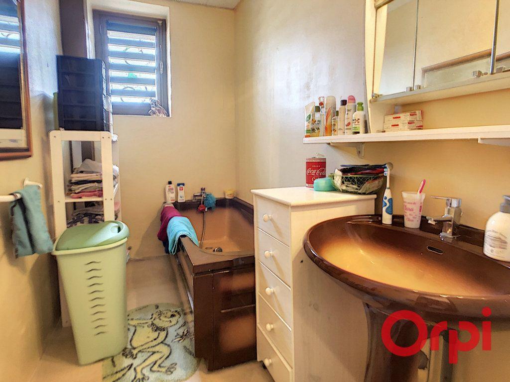 Maison à vendre 4 95.5m2 à Saint-Amand-Montrond vignette-7