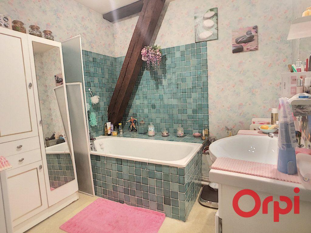 Appartement à vendre 4 82m2 à Saint-Amand-Montrond vignette-6