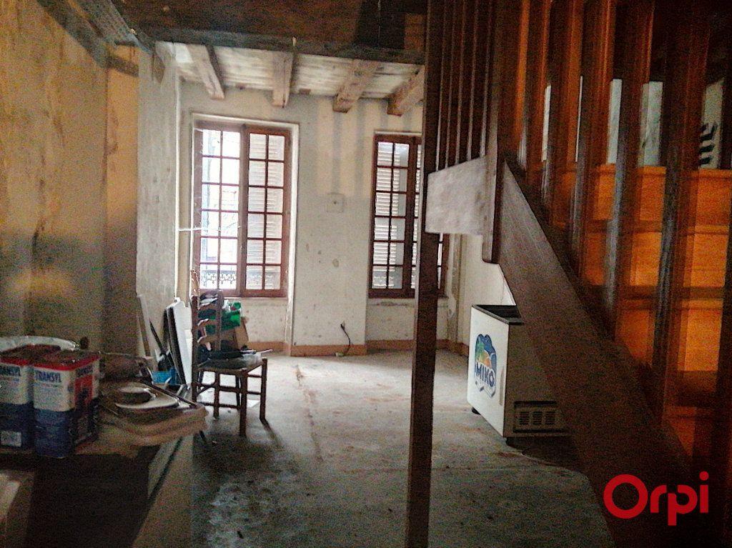 Immeuble à vendre 0 100m2 à Montluçon vignette-3