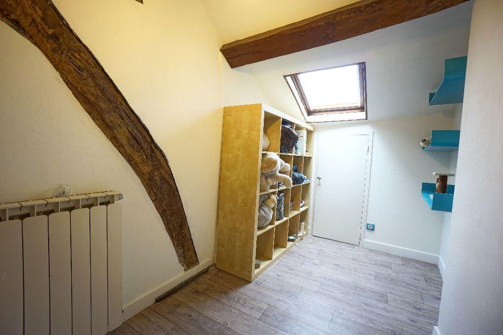 Maison à vendre 4 107m2 à Montluçon vignette-6