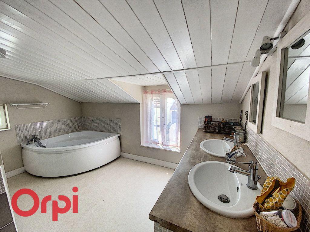 Maison à vendre 5 120m2 à Saint-Bonnet-Tronçais vignette-11