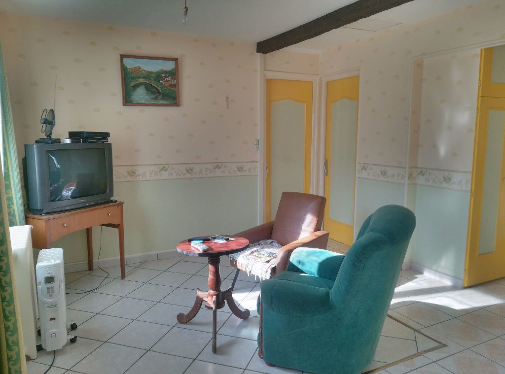Maison à vendre 3 62m2 à Saint-Amand-Montrond vignette-4