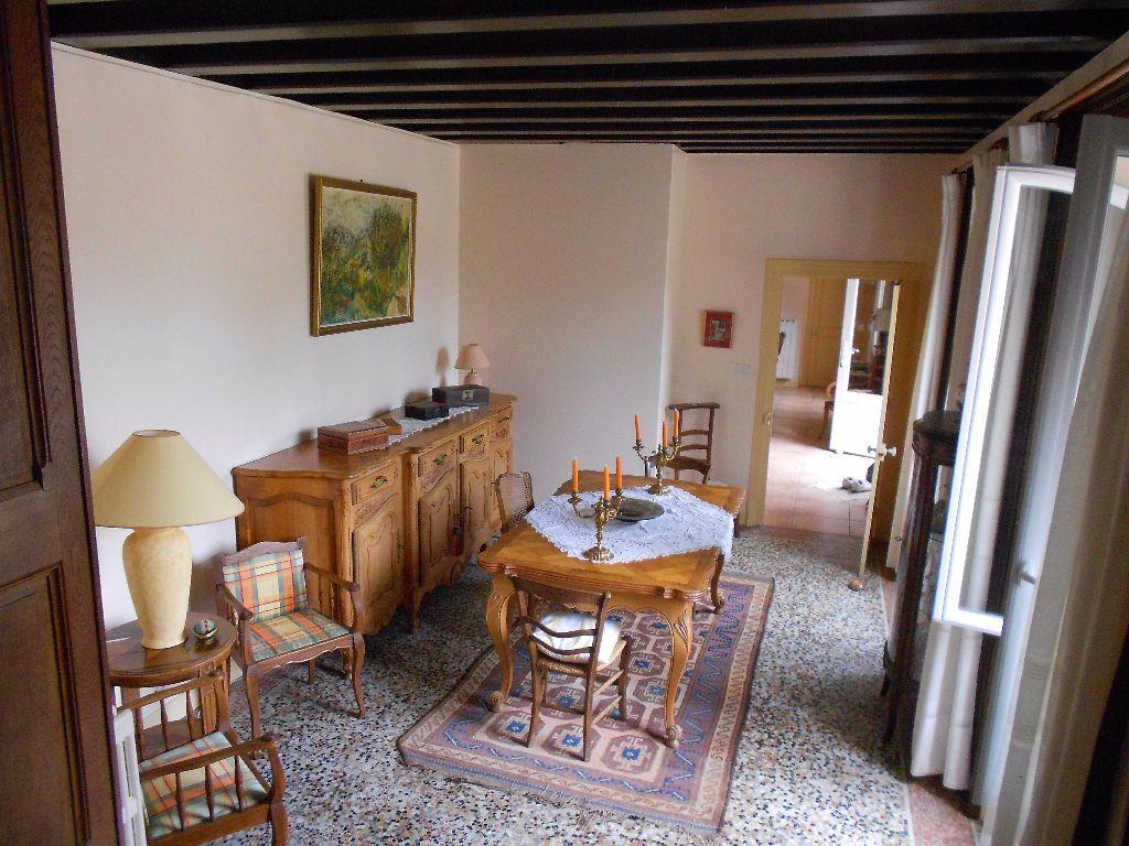 Maison à vendre 12 413m2 à Chambérat vignette-9