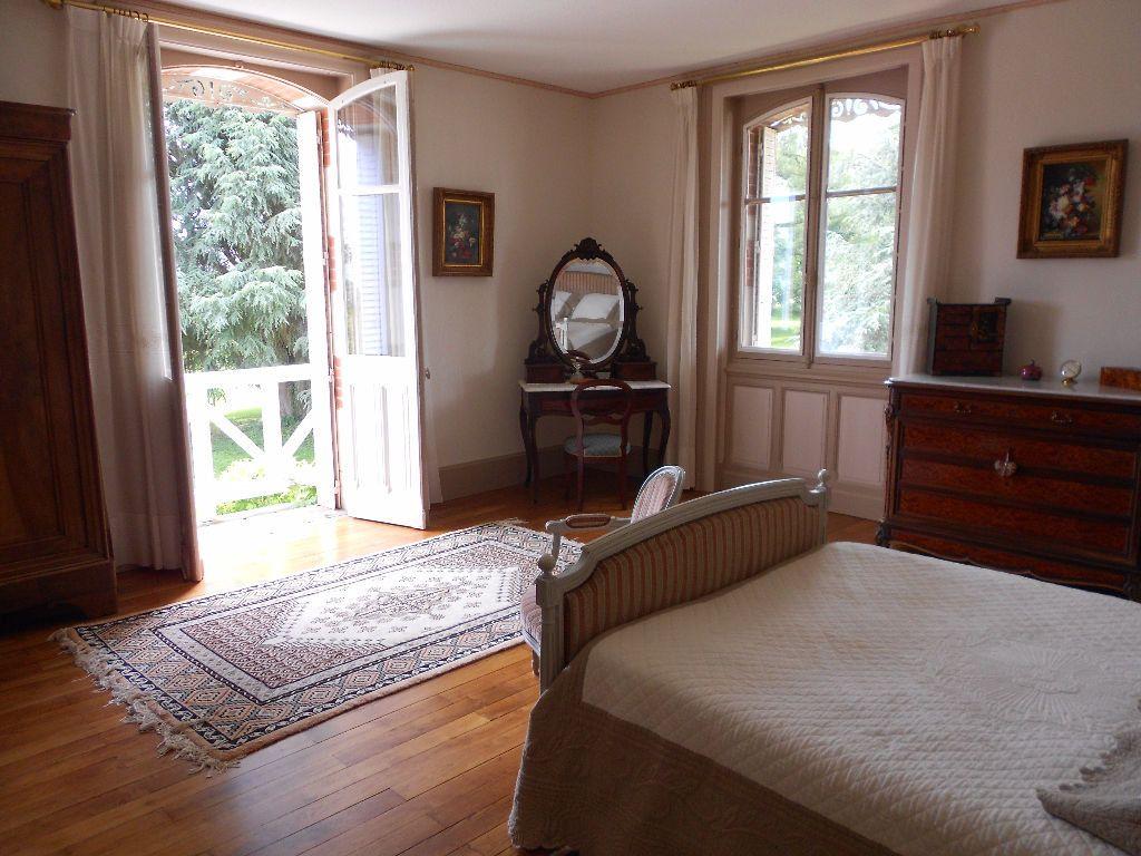 Maison à vendre 12 413m2 à Chambérat vignette-15