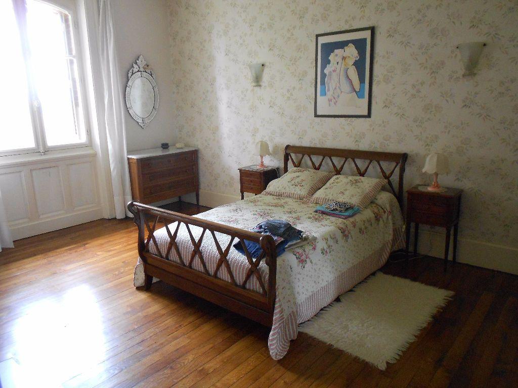 Maison à vendre 12 413m2 à Chambérat vignette-16
