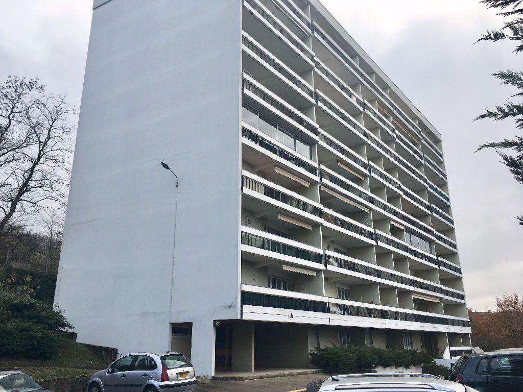 Appartement à vendre 3 73.14m2 à Montluçon vignette-1