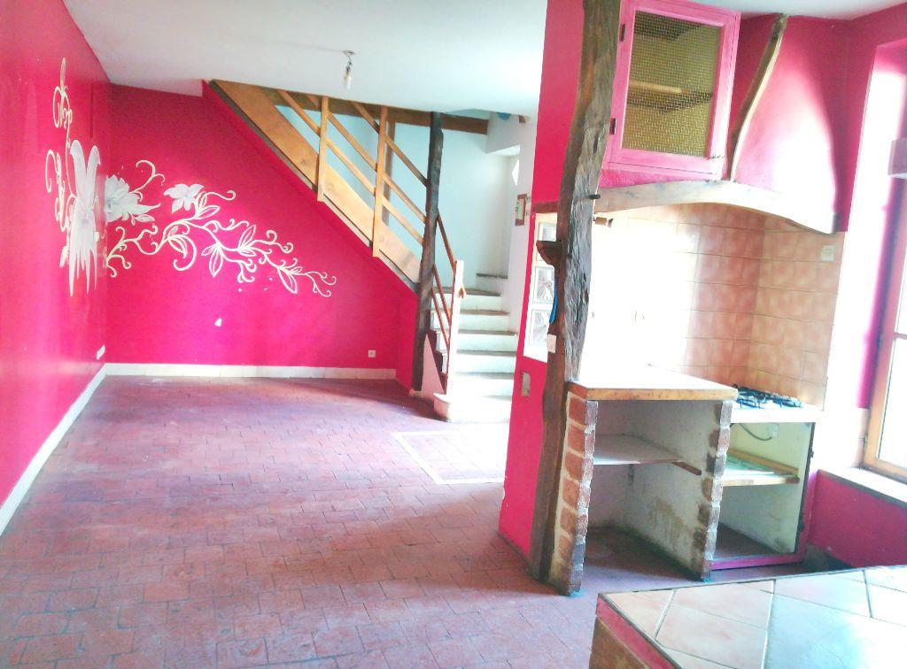 Maison à vendre 4 66m2 à Saint-Amand-Montrond vignette-2