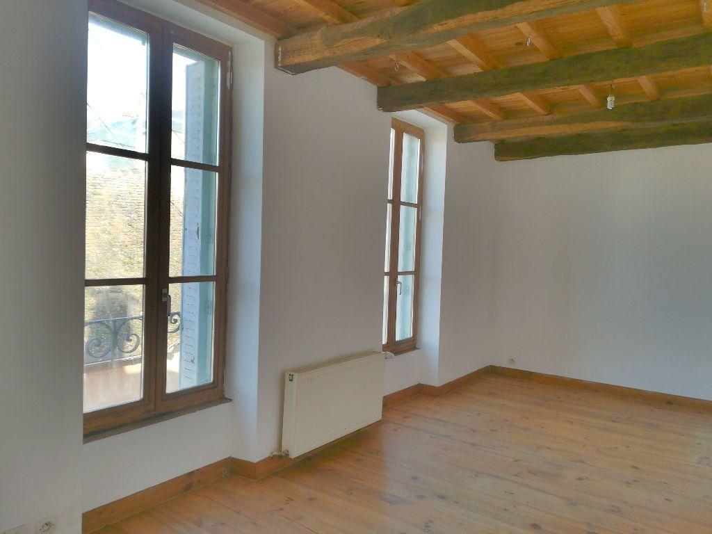 Maison à vendre 4 66m2 à Saint-Amand-Montrond vignette-3