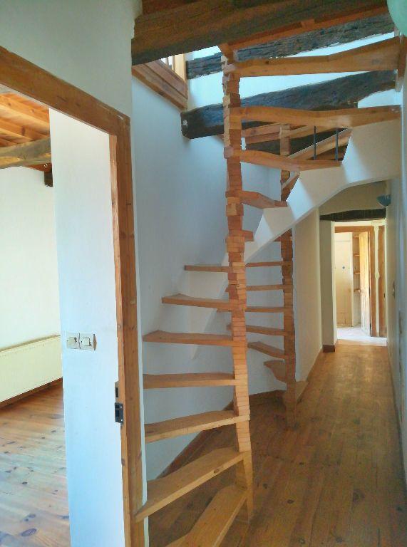 Maison à vendre 4 66m2 à Saint-Amand-Montrond vignette-4