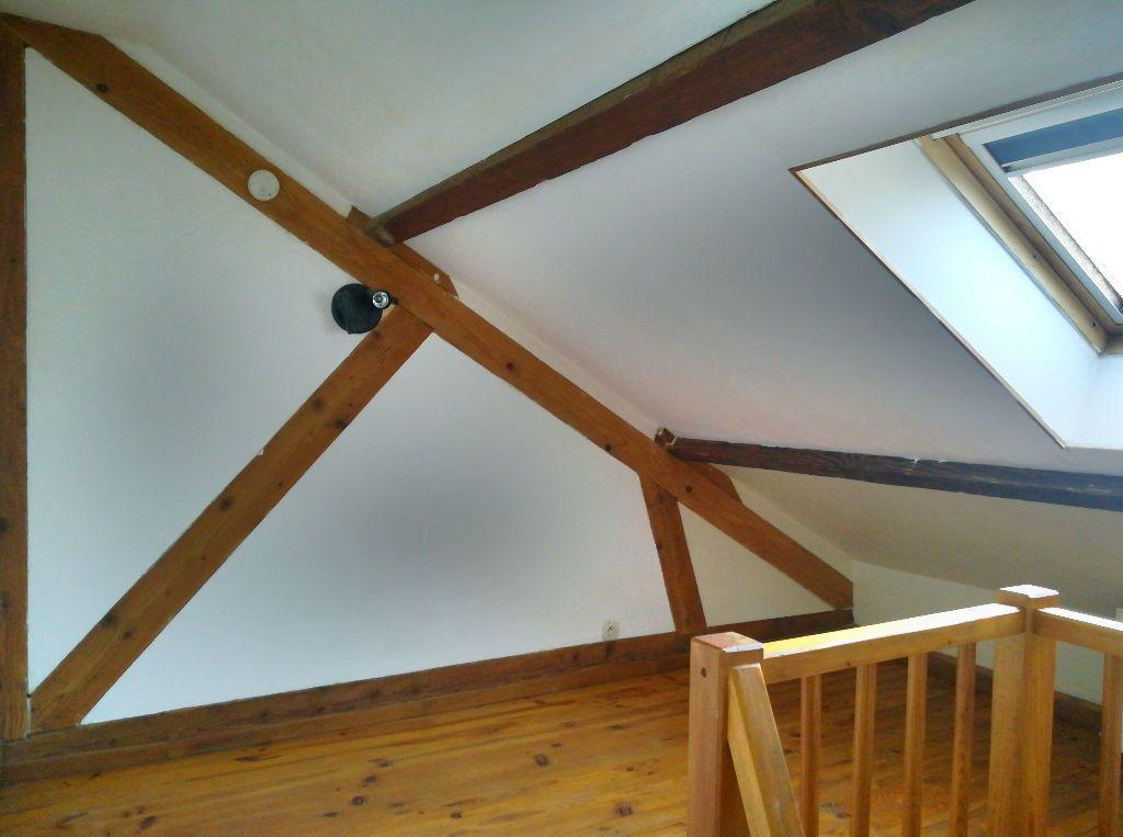 Maison à vendre 4 66m2 à Saint-Amand-Montrond vignette-5