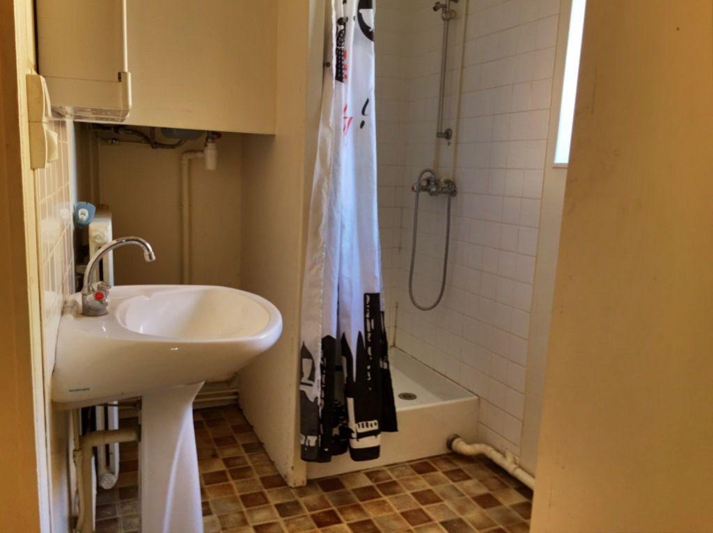 Maison à vendre 8 167m2 à Charenton-du-Cher vignette-4