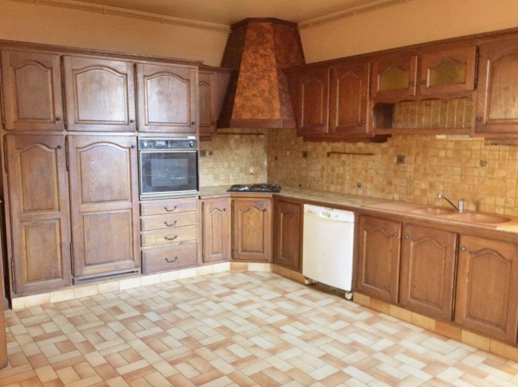 Maison à vendre 8 167m2 à Charenton-du-Cher vignette-7