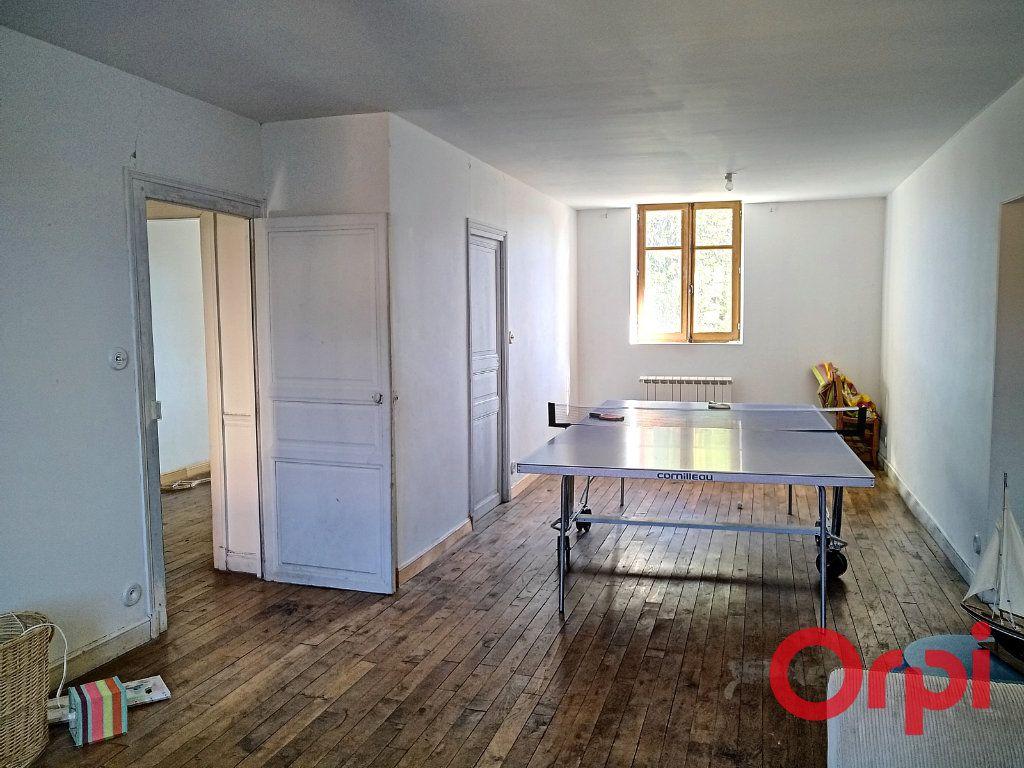 Maison à vendre 12 232.6m2 à Néris-les-Bains vignette-16