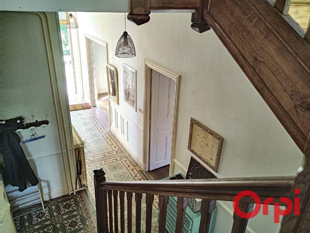 Maison à vendre 12 232.6m2 à Néris-les-Bains vignette-18