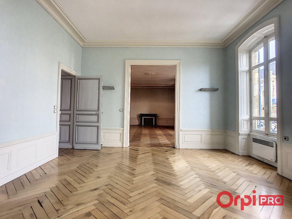 Immeuble à vendre 0 1080m2 à Montluçon vignette-13