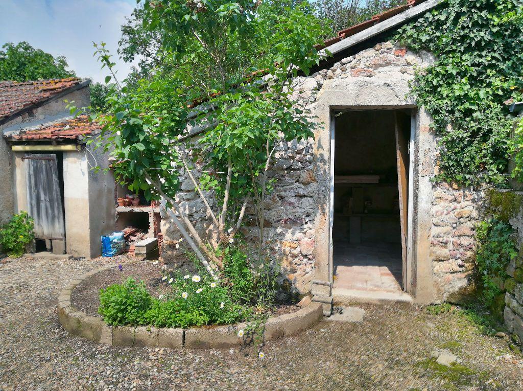 Maison à vendre 2 69m2 à Urçay vignette-6