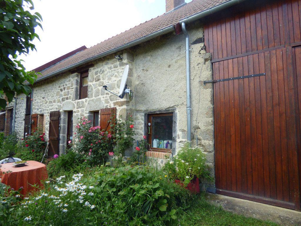 Maison à vendre 4 72m2 à Saint-Julien-le-Châtel vignette-2