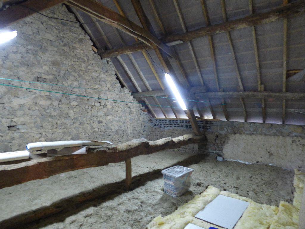 Maison à vendre 4 72m2 à Saint-Julien-le-Châtel vignette-7