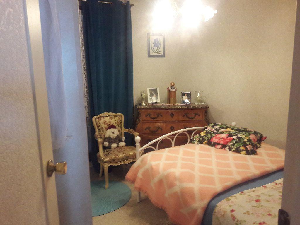 Appartement à vendre 3 87.94m2 à Montluçon vignette-7