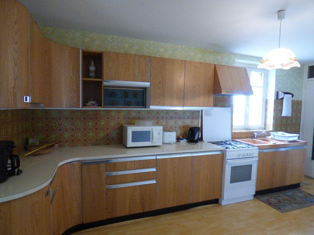 Maison à vendre 3 105m2 à Saint-Julien-la-Genête vignette-2