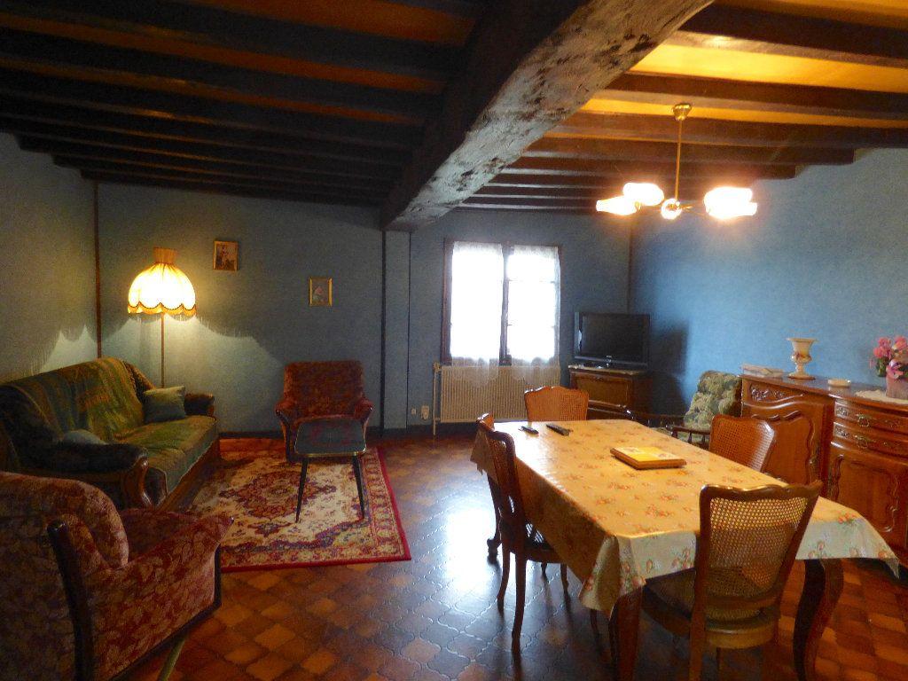 Maison à vendre 3 105m2 à Saint-Julien-la-Genête vignette-5