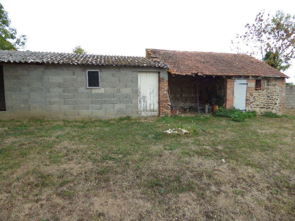 Maison à vendre 3 105m2 à Saint-Julien-la-Genête vignette-12